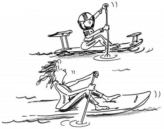 Comic: Zwei Paddler, von denen einer als Rennfahrer gekleidet ist, paddeln auf dem Brett sitzend vorwärts.