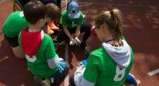 Des enfants en action lors d'un événement Sportin.