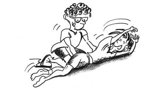 Deux enfants effectuent un exercice.