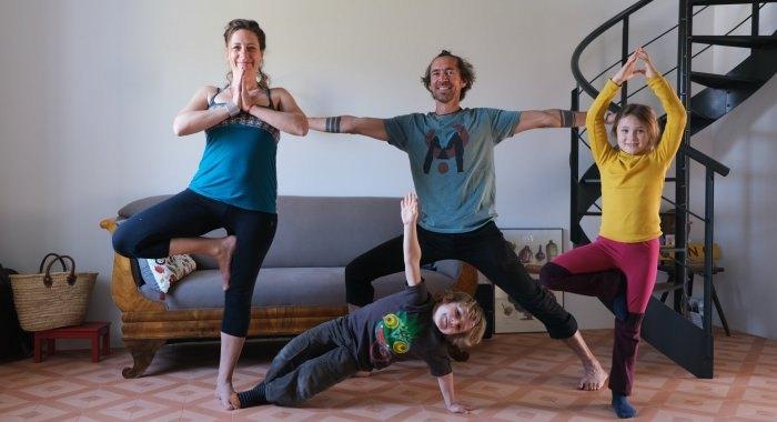Bewegungstipps:  Yoga in der Familie