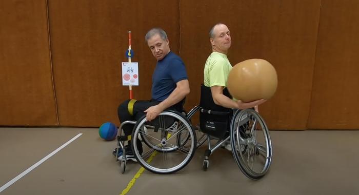 Rollstuhlsport: Stationen-Training