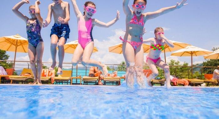 Wasserspringen: Flüge ins pure Sommergefühl