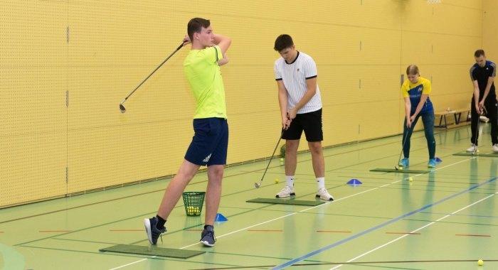 Monatsthema 11/2020: Golf Indoor