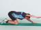 Kraft – Arm- und Schultermuskulatur: Armheben im Kniestand