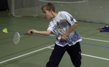 J+S-Kids – Badminton: Lektion 1 «Vom Werfen zum Fangen und Schlagen»