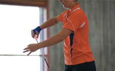 J+S-Kids – Badminton: Lektion 2 «Einen Ball ins Spiel bringen»
