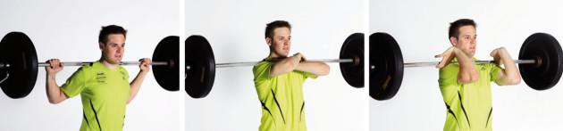 forte allenamento con pesi di sicurezza