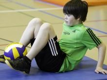 Piccoli giochi con la palla: Percorso per la coordinazione e la forza