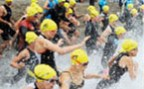 À l'article: Triathlon: Triathlon 4 × 3