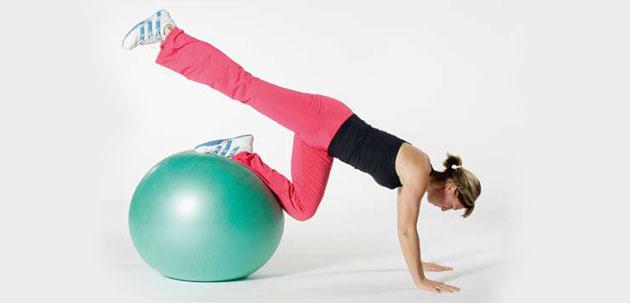 Swissball: Effektives Training auf beweglicher Unterlage