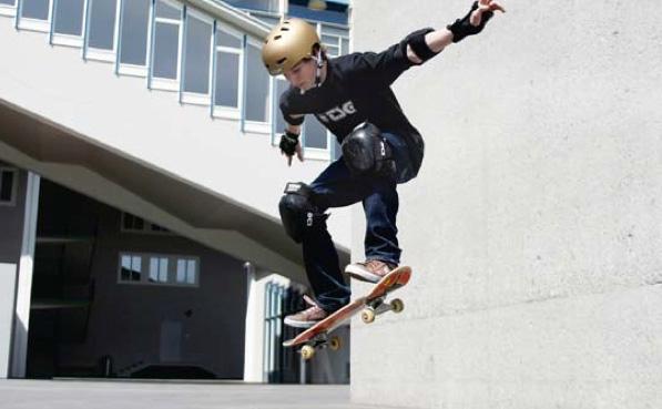 Freestyle-Sport: Streetskate