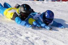 J+S-Kids – Ski: Leçon 1 «Découvrir l'espace neige»