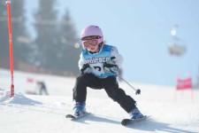 J+S-Kids – Ski: Leçon 4 «Changements de direction et virages»
