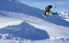 J+S-Kids – Snowboard: Leçon 7 «Sauter»