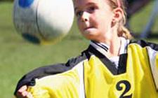 J+S-Kids – Faustball: Lektion 3 «Wir gewinnen und verlieren miteinander!»