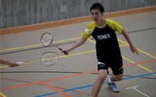 J+S-Kids – Badminton: Leçon 4 «Frappe de côté»
