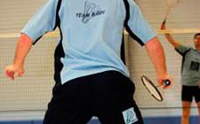 J+S-Kids – Badminton: Lektion 7 «Angreifen und Abwehren»