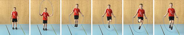 Leichtatheltik – Tests: 2.4 Seilspringen Niveau 2 (U8/10)