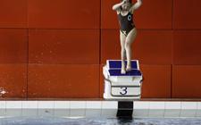 J+S-Kids – Wasserspringen: Lektion 1 – «Eintauchen auf die Füsse»
