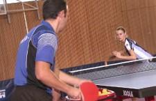 Deux joueurs s'affrontent, placés dans un coin d'une diagonale.