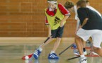 À l'article: Unihockey: Feinter et dribbler