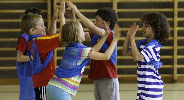 Jeux de coopération: Un pour tous, tous pour un!