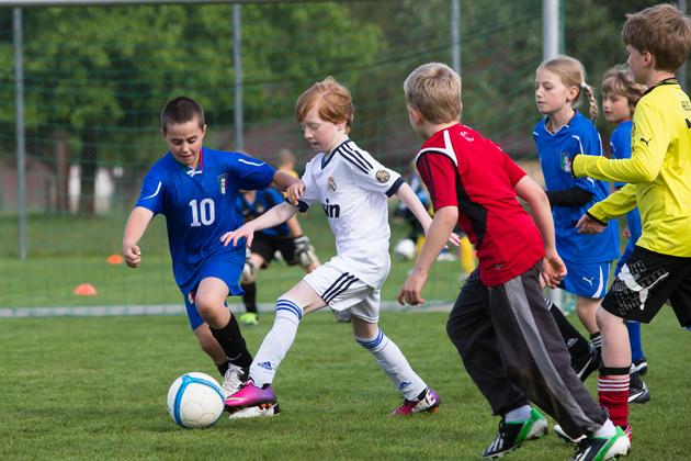 Calcio – G+S sport per bambini: Il bambino come punto di riferimento ...