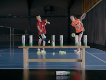 09/2013: Badminton – Shuttle Time
