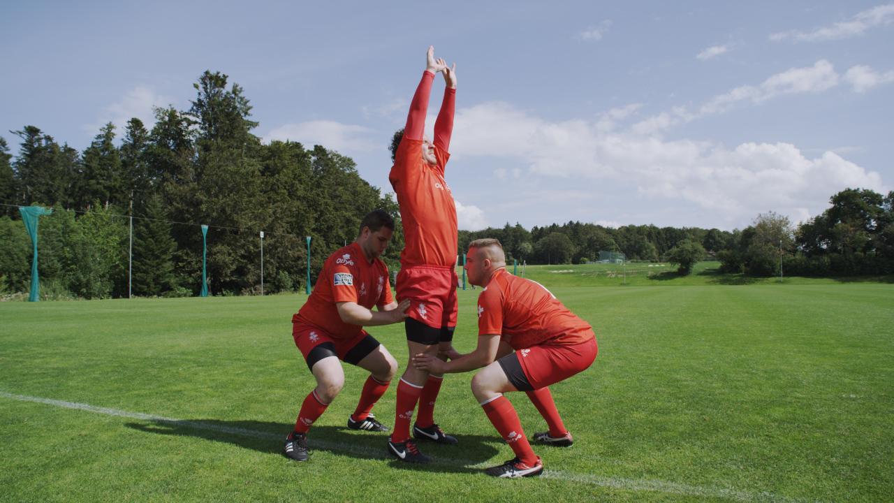 Rugby la touche bloc statique for Interieur sport rugby