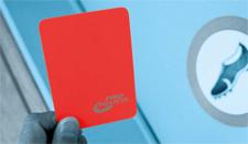 Foto simbolica: un cartellino rosso