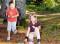 Giochi all'aperto – Nel bosco: La raccolta di pigne
