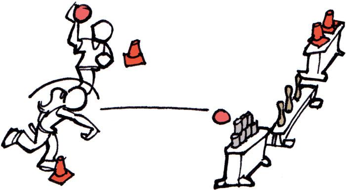 Sport Per I Bambini Giocare Palla Prigioniera E Tiri Al Bersaglio