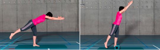 Reihenbild: Bewegungsablauf gemäss Übungsbeschrieb.