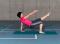Sensomotorisches Training – Lage- und Bewegungssinn: Kleinere Unterstützungsfläche – Über Kreuz