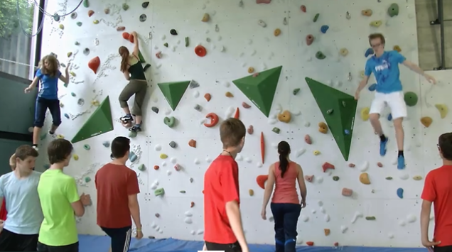 Sportklettern – «climbingiscool.ch»: Bouldern: Challenge – Jump