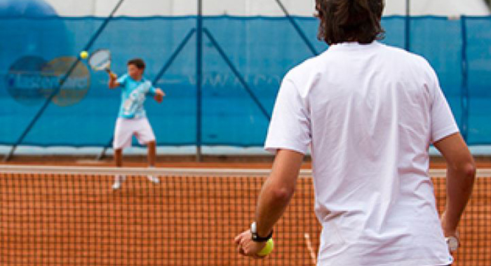 Tennis: Ausbildungsprogramm