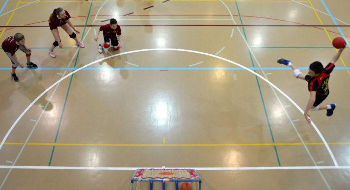 Tchoukball: Positions et déplacements des joueurs