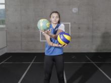 Preparazione mirata – Coordinazione: Giocolare con due palloni