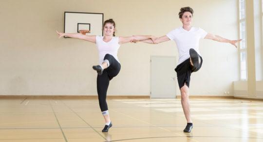 Foto: due ballerini ballano il rock'n'roll