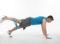 Entraînement avec engins − Mini-band: Extension de la jambe vers l'arrière