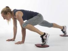 Allenamento con attrezzi II – Sliding pad: Flessioni con movimento delle gambe